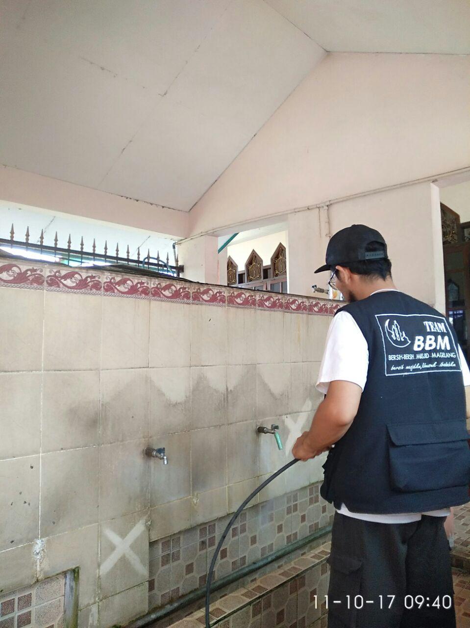 Aksi Bersih Masjid Ukhuwah Islamiah Badakan Oleh Tim Bbm Salah