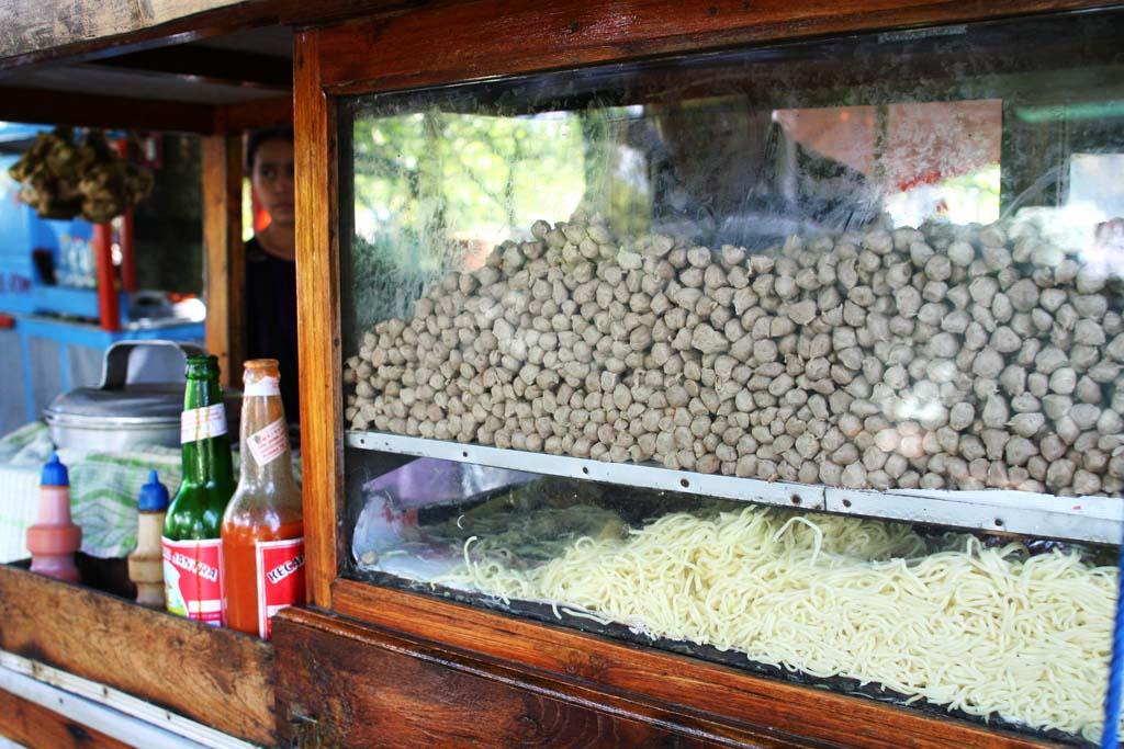 Soto Kudus Bakso Kerikil Es Krim Lawas Magelang Yummy Taman