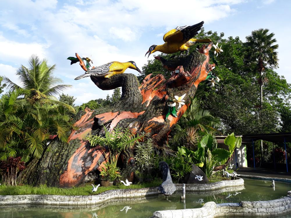 Berpagi Hari Taman Kyai Langgeng Keluargaismail Kiai Kab Magelang