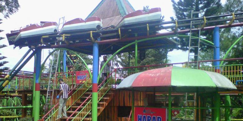 Diduga Jetcoaster Tiba Macet Tua Kompas Wahana Taman Kyai Langgeng