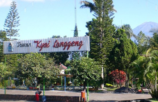 Taman Bermain Tengah Kota Magelang Ulasan Kyai Langgeng Kiai Kab