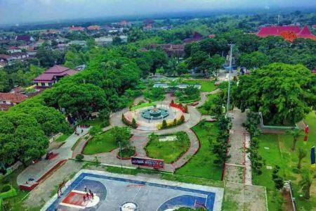 Destinasi Wisata Alun Magetan Jawa Timur Kab