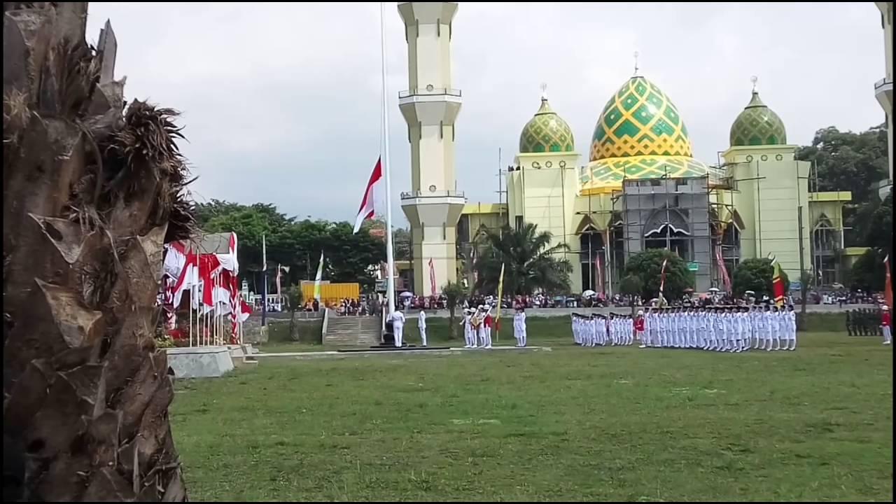 Pengibaran Bendera Paskibraka 2016 Alun Magetan Youtube Kab