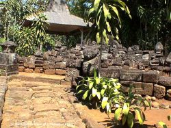 Candi Sadon Jawa Timur Kepustakaan Upaya Pemugaran Terhadap Tampaknya Dilakukan