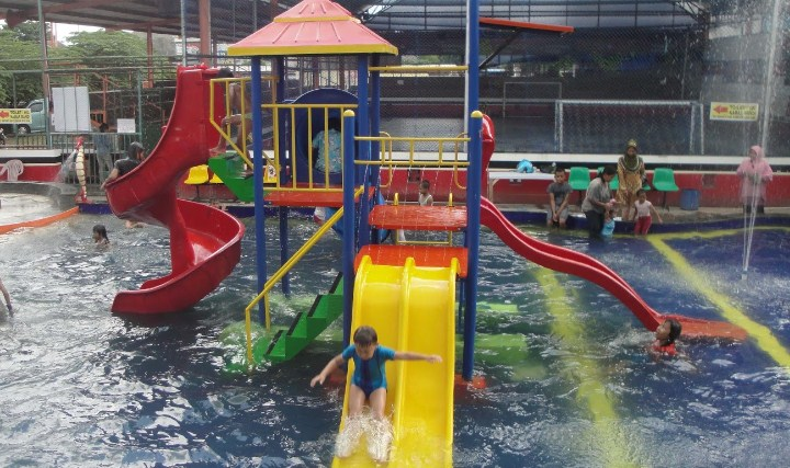 Waterpark Dinasty Sanjaya Magetan Info Kolam Satu Berada Kawasan Dimana