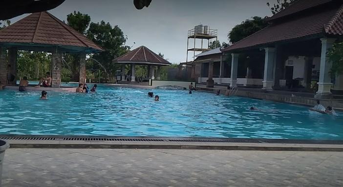 Kolam Renang Taman Arum Duta Benardi Magetan Life Journey Tirta