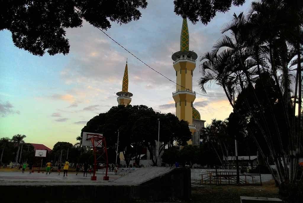 Day Tour Magetan Sarangan Lake Keliling Nusantara Masjid Agung Baitussalam