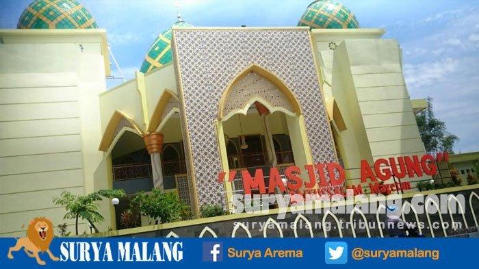 Foto Cewek Latar Masjid Magetan Jadi Viral Posenya Bikin Takmir