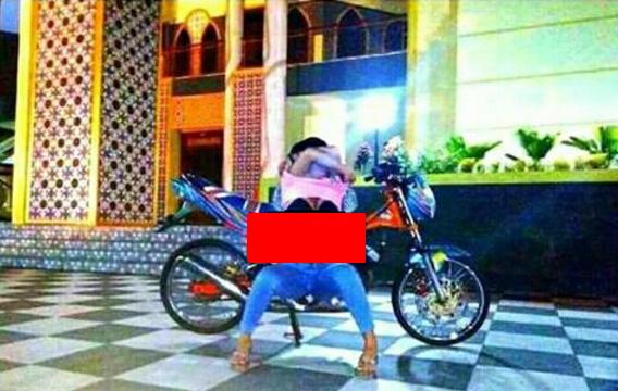 Pose Porno Masjid Agung Magetan Yuli Perez Diciduk Polisi Baitussalam
