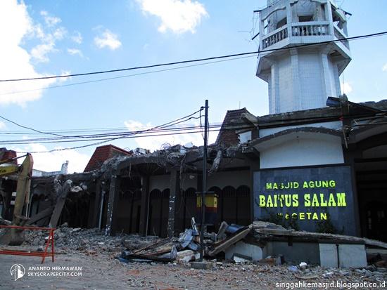 Singgah Masjid Agung Baitussalam Kabupaten Magetan Bangunan Diruntuhkan 2012 Kab