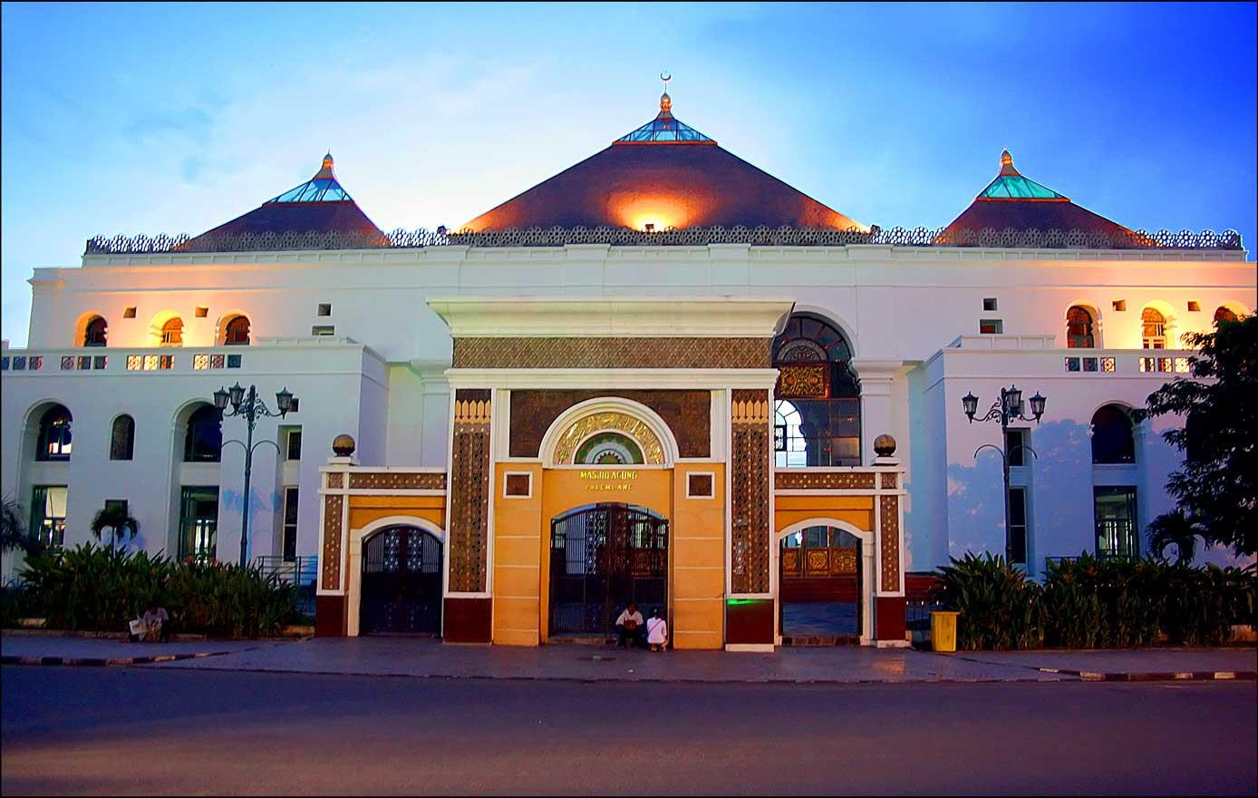 Baiturahmannews Blogspot Palembang Bangun Masjid Termegah Indonesia Akhlakul Karimah Kab