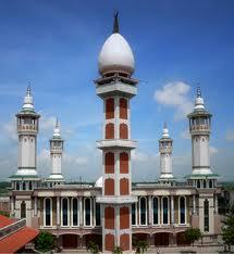Masjid Luhur Nur Hasan Indah Cantik Ldii Magetan Lokasinya 400