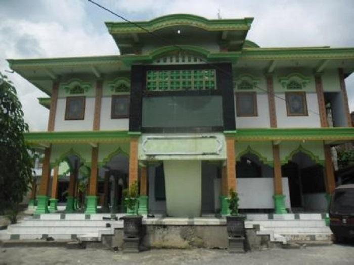 Pesantren Darul Ulum Poncol Magetan Mencetak Generasi Islami Profil Masjid