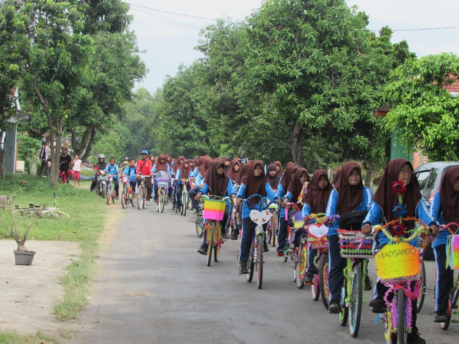 Sepeda Hias Mtsnbendo 2016 Mtsn Bendo Kunjungan Monumen Soco Kab