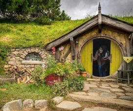 Harga Tiket Masuk Lokasi Rumah Hobbit Magetan Jawa Timur Alamat