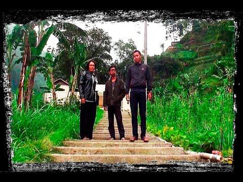 Jalan Dk Wonomulyo Ds Genilangit Kec Poncol Kab Magetan Rumah