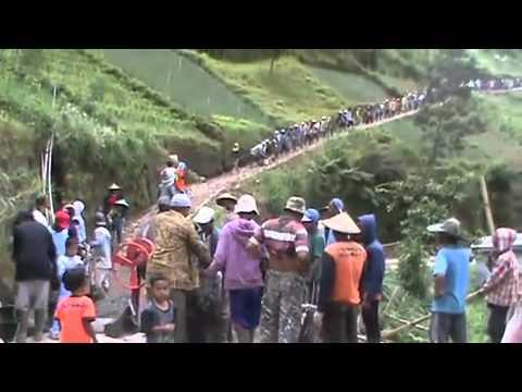 Kegiatan Warga Wonomulyo Magetan Jawa Timur Youtube Rumah Hobbit Kab