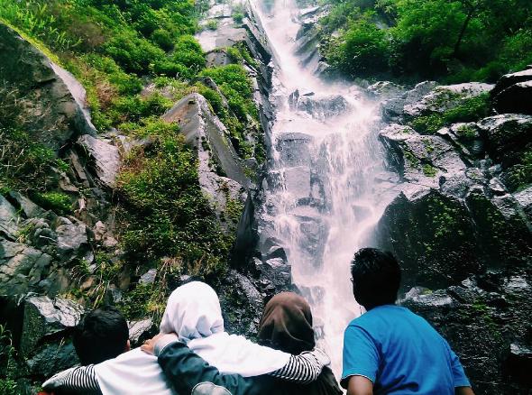 23 Tempat Wisata Magetan Jawa Timur Ngehitz Air Terjun Pundak