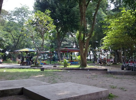 Taman Wisata Magetan Kolam Renang Ria Keindahan Maospati Kab