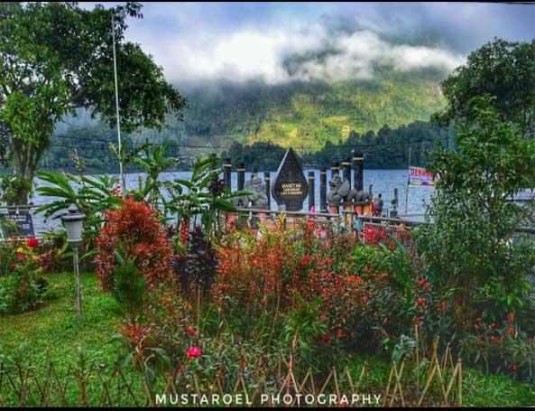 Harga Tiket Wisata Alam Telaga Sarangan Spot Terbaru 2017 Taman
