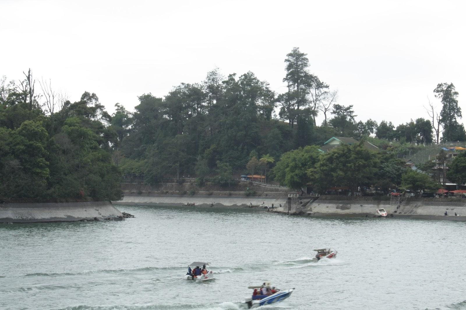 Telaga Sarangan Magetan Noto Budiyanto Taman Kab