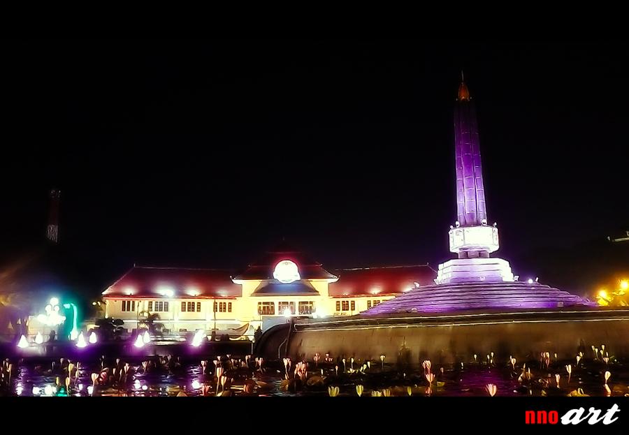 Alun Tugu Kota Malang Wisata Ikonik Jantung Nnoart Malam Hari