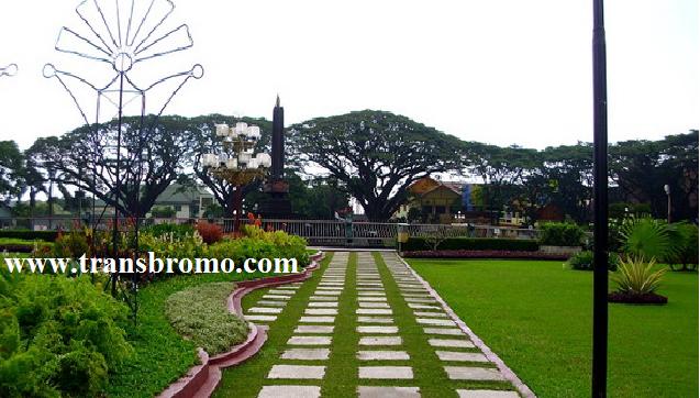 Alun Tugu Malang Balai Kota Kab