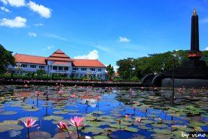 Info Wisata Malang Chibi Rental Motor Alun Tugu Balai Kota