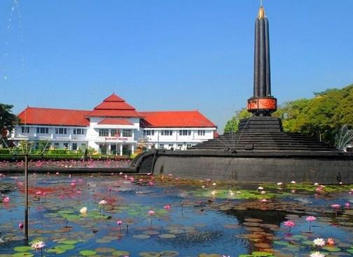 Pesona Keindahan Wisata Alun Tugu Malang Daftar Tempat Google Maps