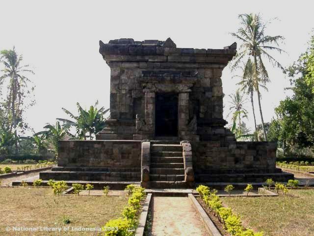 Candi Badhut Tertua Jawa Timur Arkeologi Dictio Community Bangunan Tersebut
