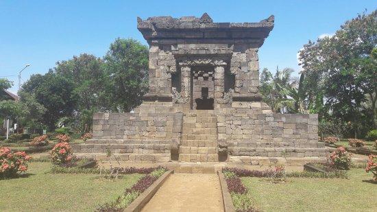 Candi Badut Malang Indonesia Review Tripadvisor Kab