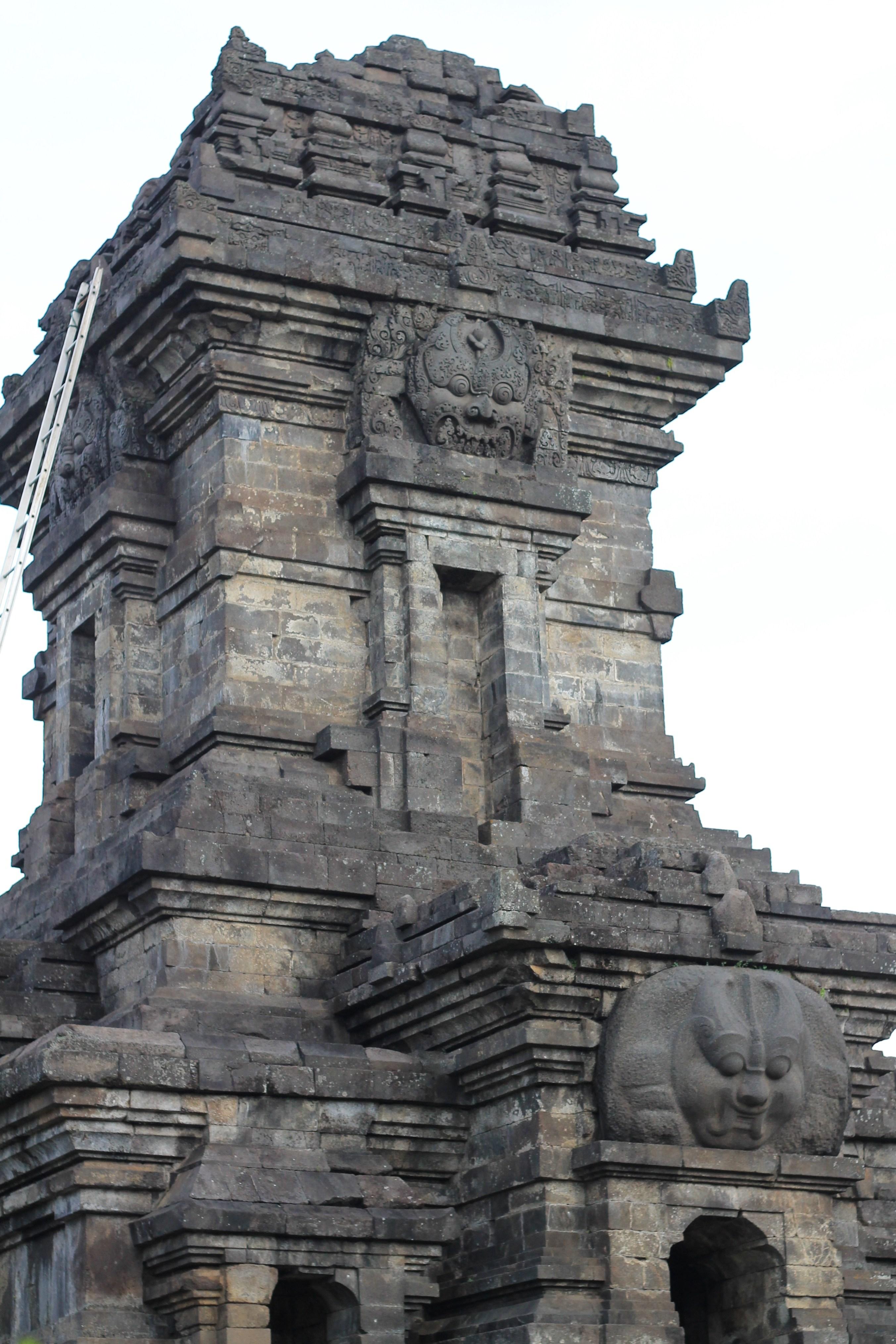 Candi Singosari Berbagi Kisahku Badut Kab Malang