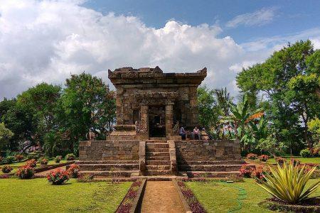 Obyek Wisata Sejarah Candi Badut Kota Malang Kab