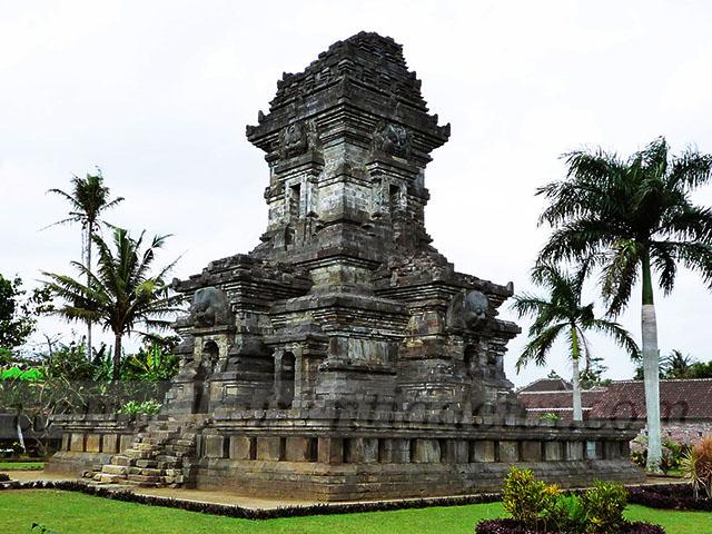 Candi Singosari Singhasari Cungkup Menara 114 115 Kab Malang