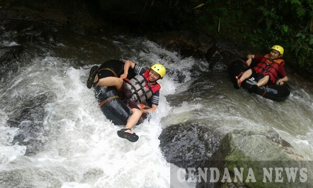Menikmati Keseruan River Tubing Coban Jahe Malang Cendana News Sendiri