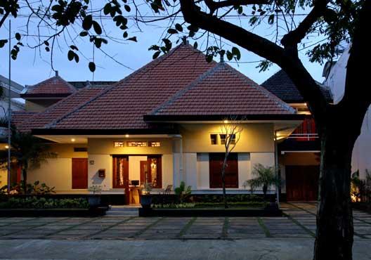 Merbabu Guest House Www Merbabuguesthouse Idjen Boulevard Kab Malang