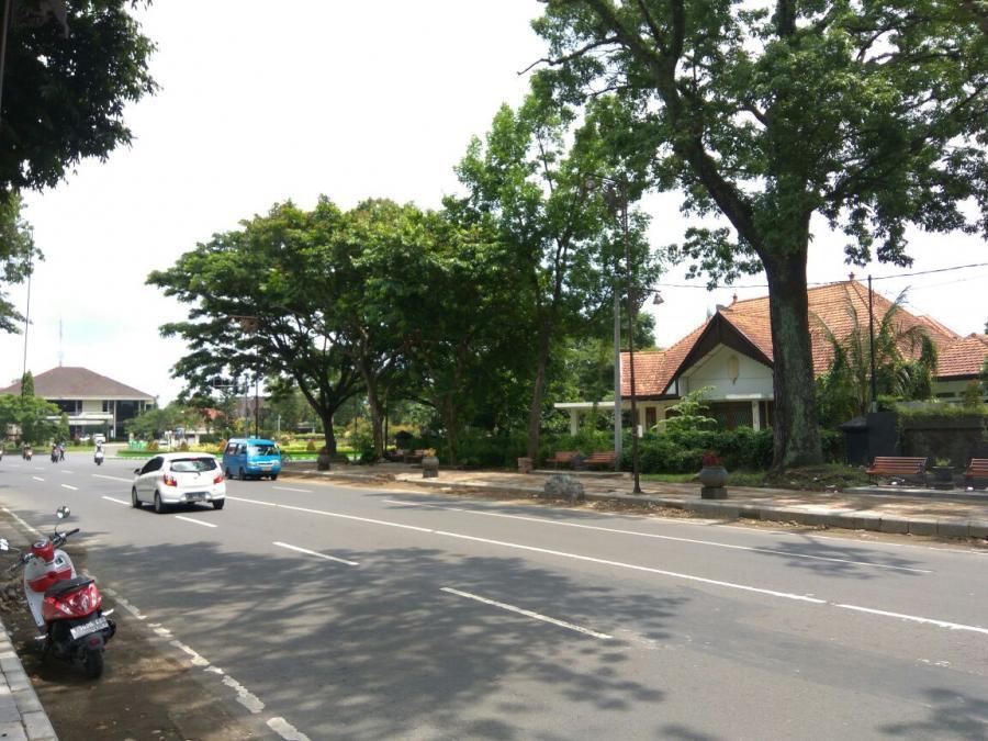 Rumah Dijual Model Kolonial Kawasan Ijen Kota Malang Cocok Berbagai