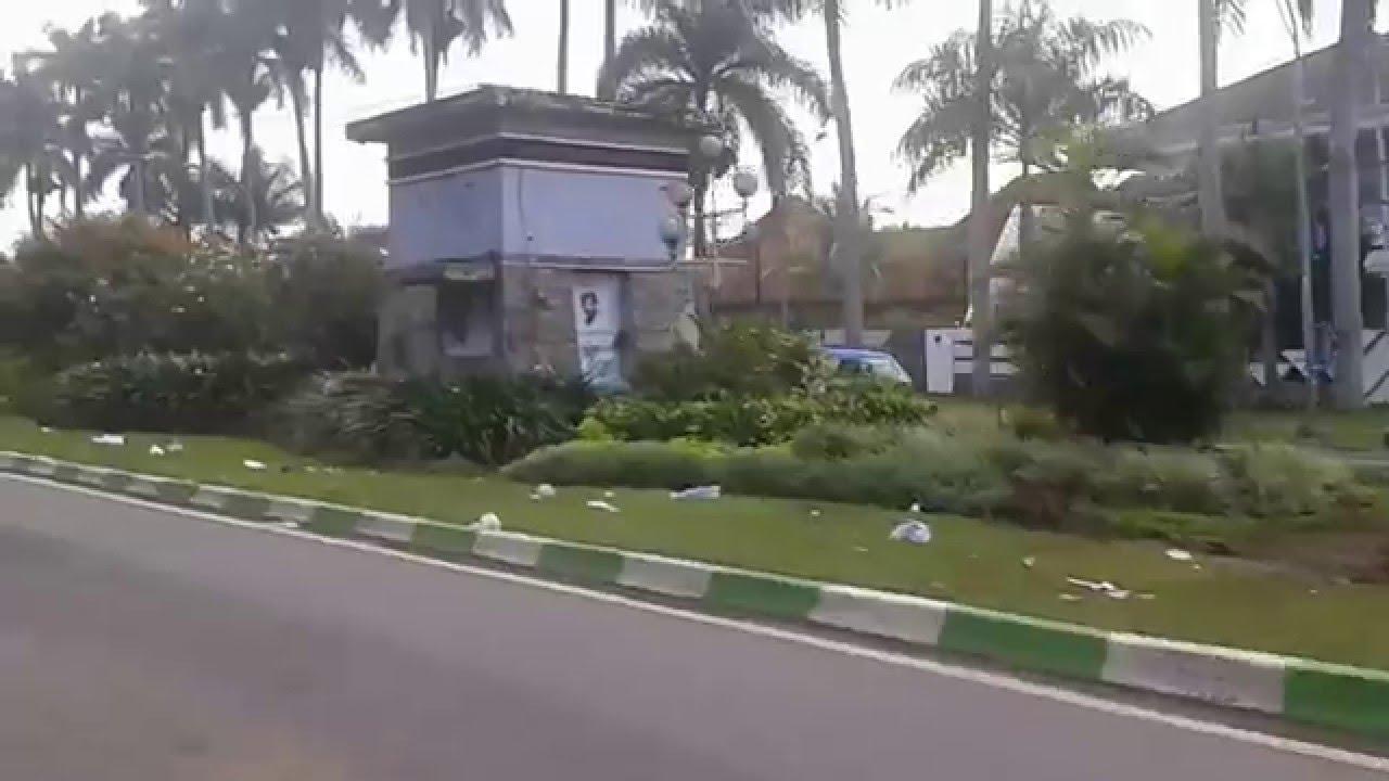 Taman Jalan Idjen Malang Kotor Youtube Boulevard Kab