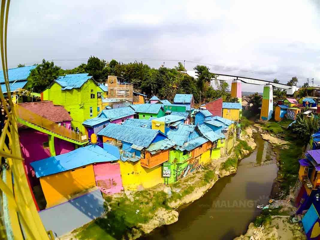 Caranya Naik Angkot Kampung Warna Warni Jodipan Kab Malang