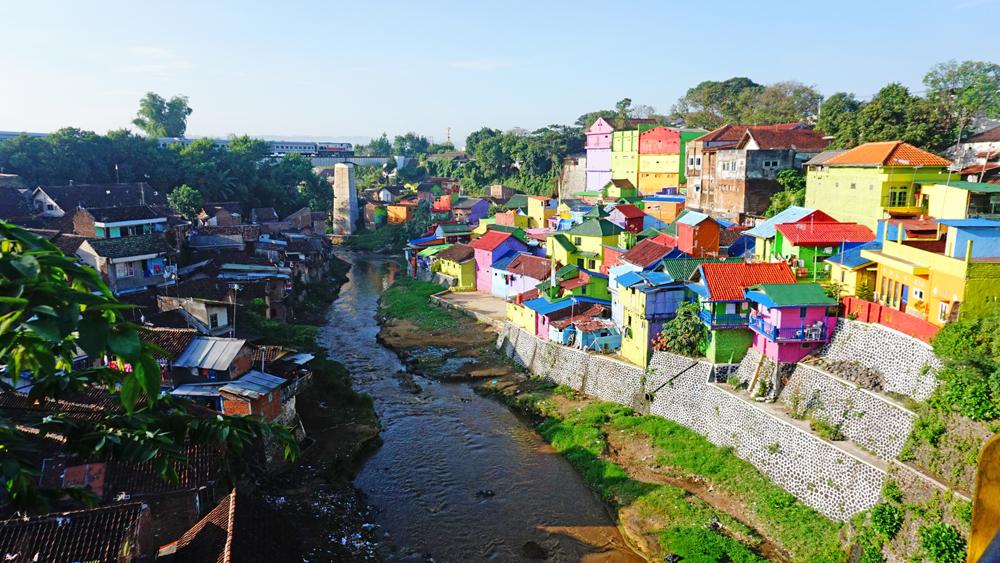 Kampung Jodipan Nuansa Pelangi Malang Jawa Timur Warna Warni Kab