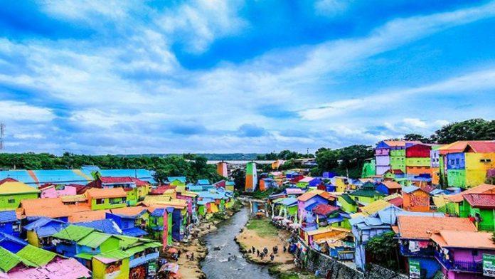 Malang Kampung Pelangi Mewarnai Tarakan Jodipan Warna Warni Kab