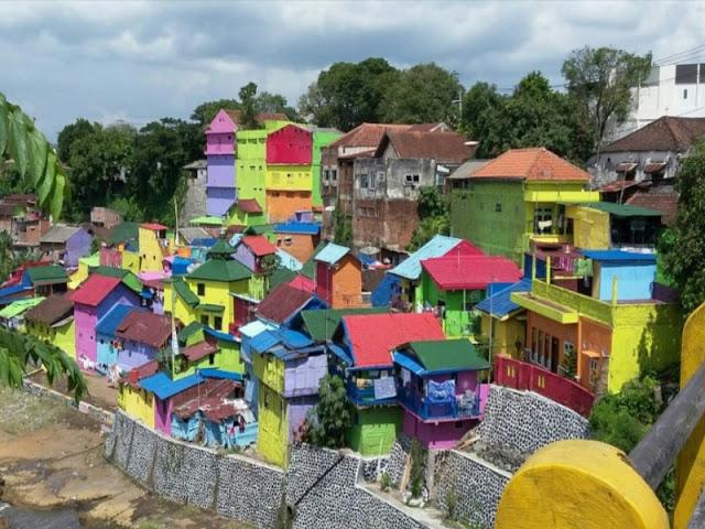 Uniknya Kampung Warna Warni Jodipan Malang Travelling Club Iyaa Foto