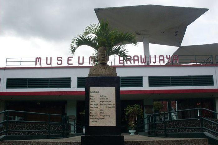 Rayakan Hut Tni Berkunjung Museum Brawijaya Simak Dulu Kab Malang