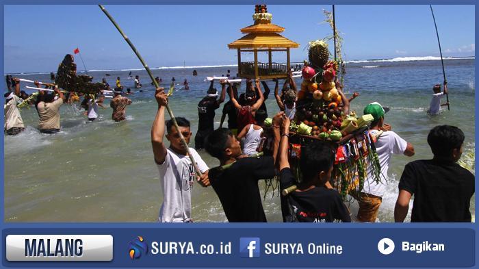 7 000 Umat Hindu Malang Punya Tradisi Khas Berbeda Bali