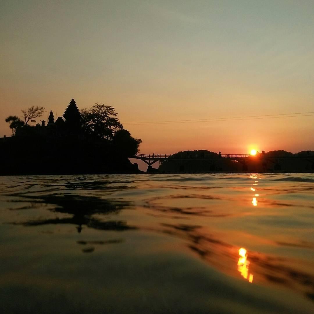 Berburu Sunset Malang Yuk 5 Pantai Eksotis Balekambang Kabupaten Dolan