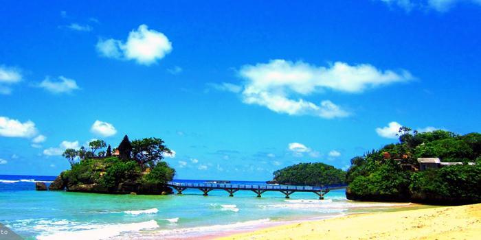 Cerita Sejarah Penemuan Pantai Balekambang Ngalam Salah Satu Destinasi Liburan