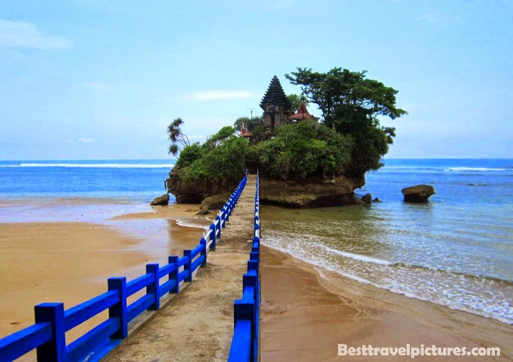 Pantai Balekambang Malang Tanah Van Java Naina Tour Travel Sebuah