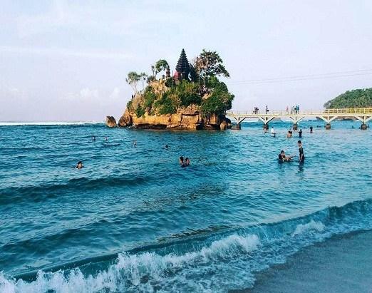 Pantai Balekambang Surga Terindah Malang Arfand Motorent Jawa Timur Kab