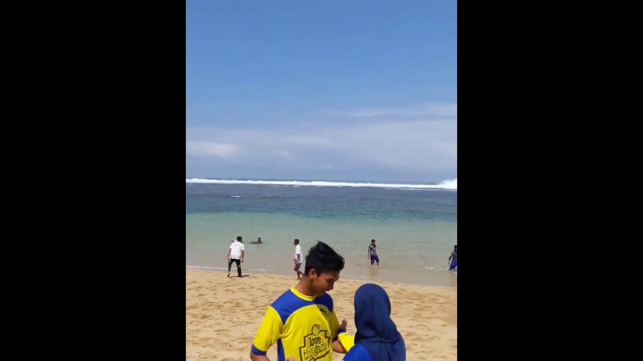 Pesona Pantai Balekambang Kabupaten Malang Youtube Kab