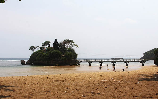 Ultah Kabupaten Malang 1257 Seluruhnya Rayakan Pantai Balekambang Kab